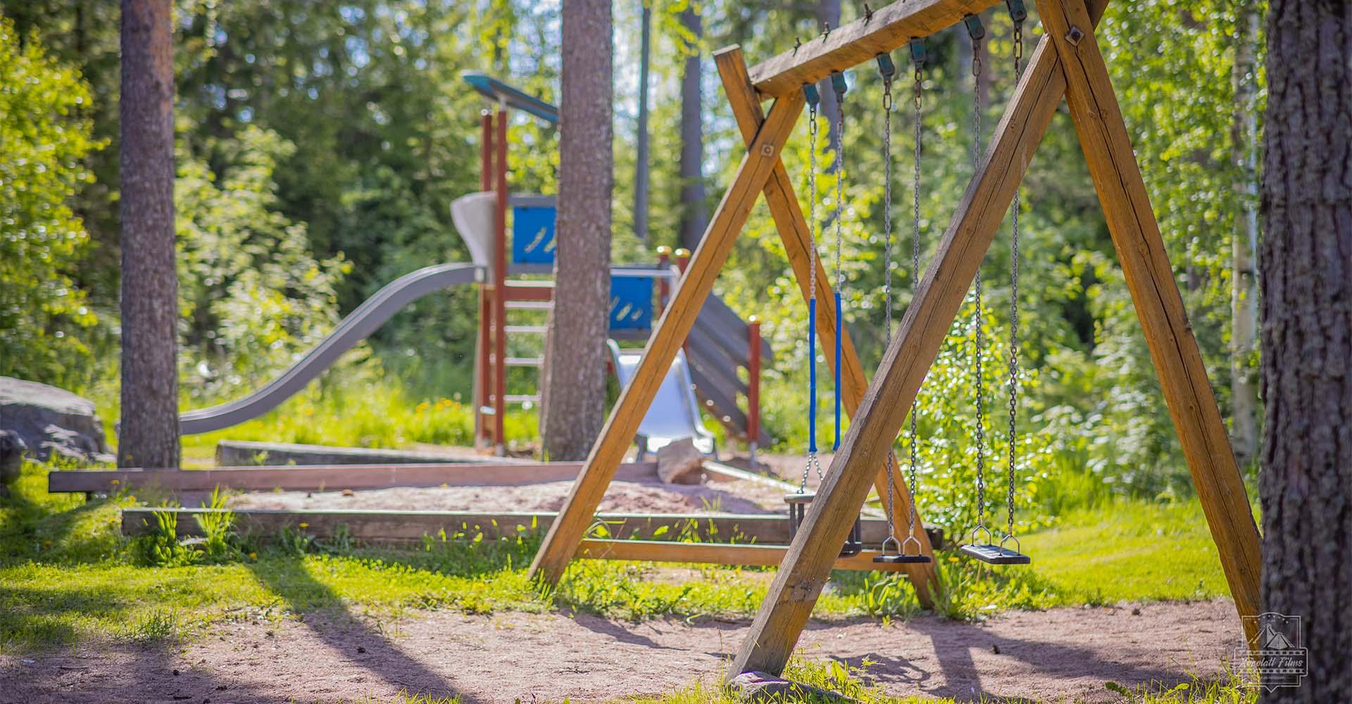 Hyvelän Maja   Lasten leikkipaikka